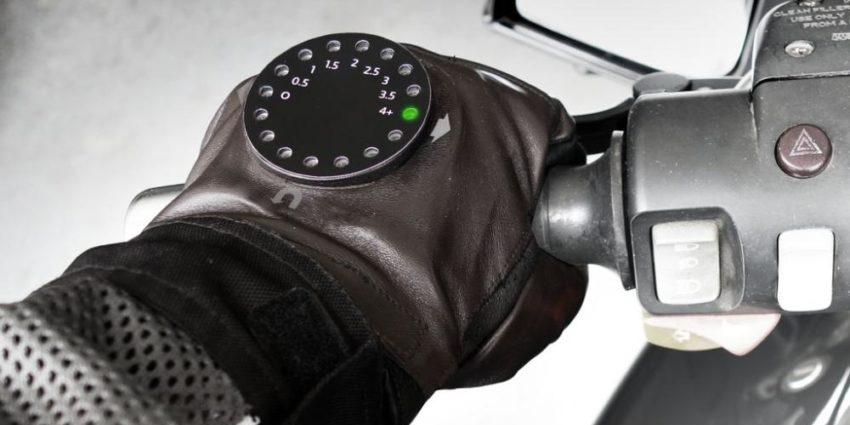 ¿Guantes de moto con navegación GPS? ¡Esto hay que verlo!